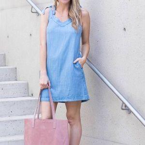 Lilla P chambray sleeveless summer dress w pockets